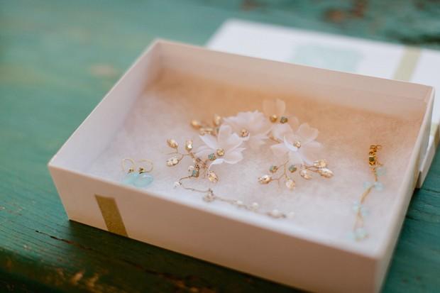 19-subtle-delicate-wedding-jewellery-boho-bride