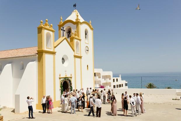 29-grand-white-church-by-the-beach-destination-wedding-portugal