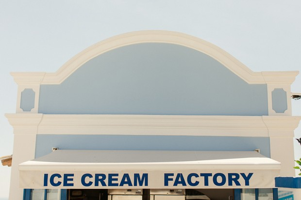 30-ice-cream-factory-by-the-beach-lagos-algarve-portugal
