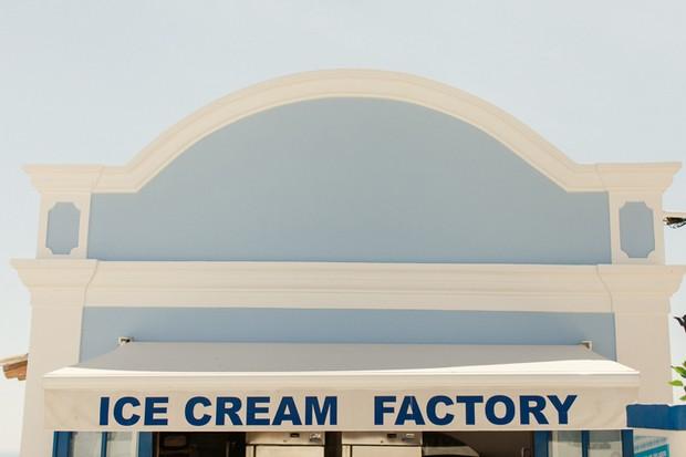 30-ice-cream-factory-by-the-beach-lagos-algarve-portugal