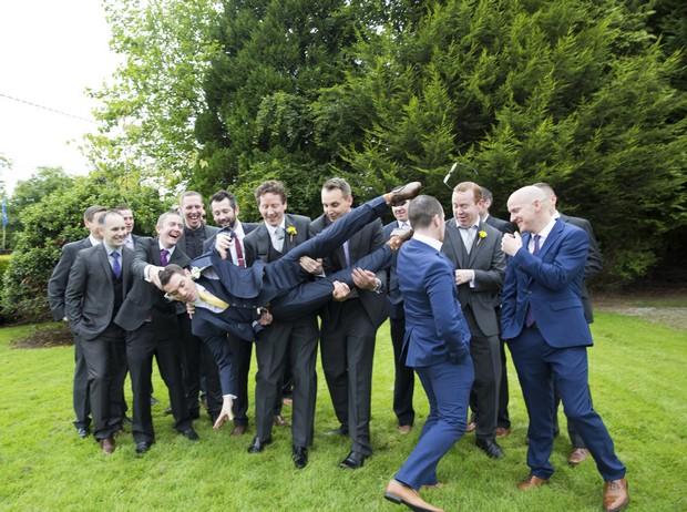 36-groomsmen-messing-wedding-photos (2)