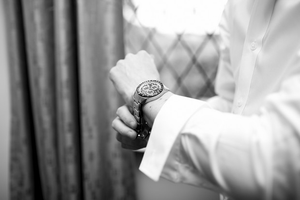 4-groom-wedding-gift-watch-morning