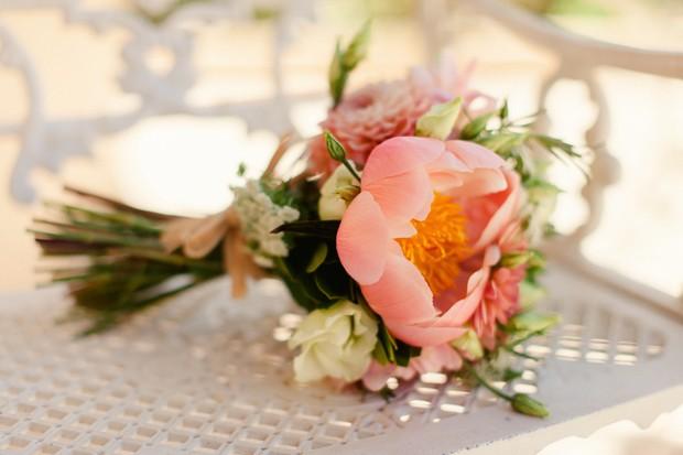 5-coral-peach-giant-flower-wedding-bouquet-hand-tied-Matt+Lena-Photography