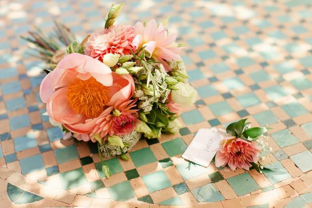 7-Beach-wedding-theme-coral-bouquet-peach-Matt+Lena-Photography