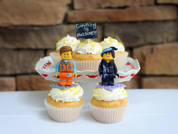 lego-cupcakes-wedding