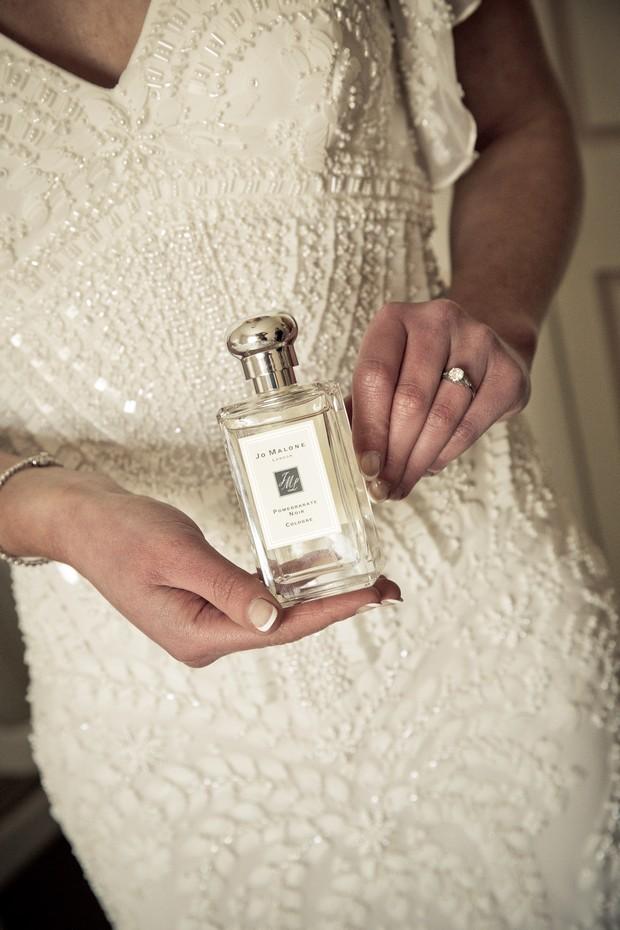 22-real-bride-jo-malone-perfume