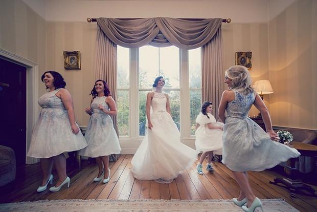 39-Fun-Wedding-Photography-Bride-Bridesmaids-Dancing