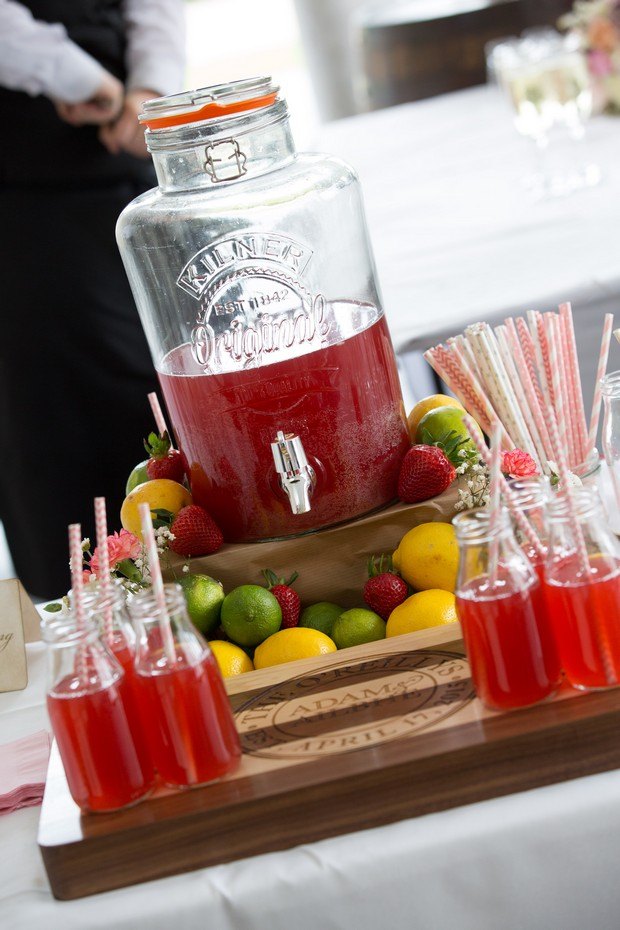 42-Rustic-Wedding-cocktail-station-summer-ideas-kilner-jar (2)
