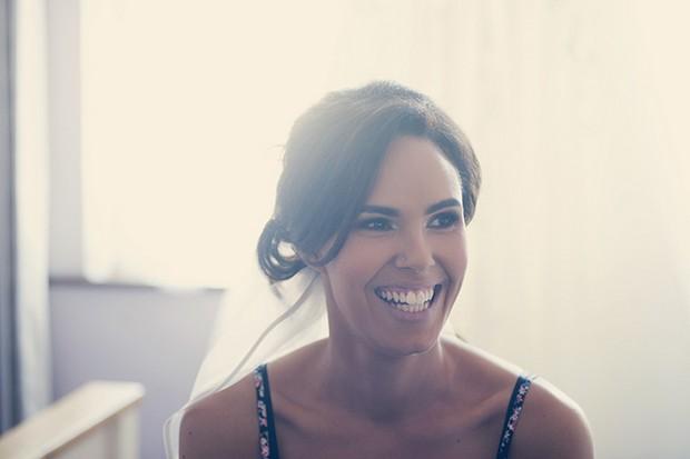 7-Smiling-Irish-Bride-Wedding-Morning-Couple-Photography
