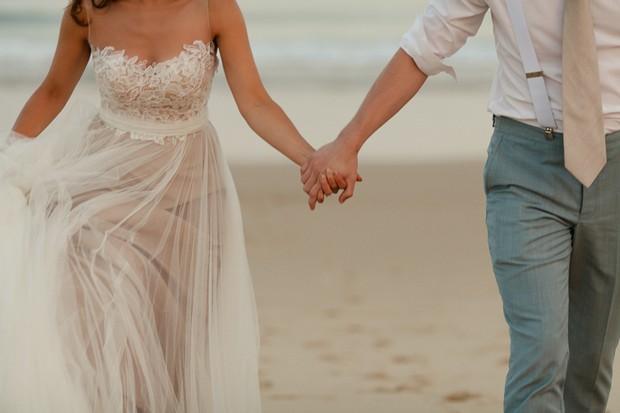 Beachy Wedding Gowns: 25 Breathtaking Beach Wedding Dresses