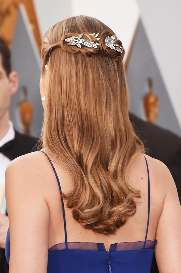 Brie-Larson-Oscars-Hair-bridal-inspiration