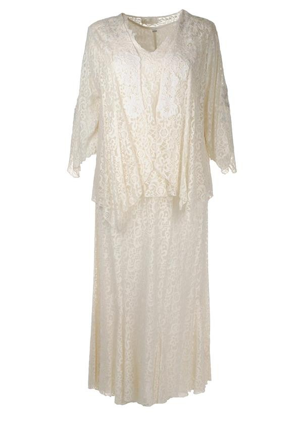 Cream-Lace-Stylish-Mother-of-the-Bride-Dress-Mcelhinneys-AnnBalon-Tricia