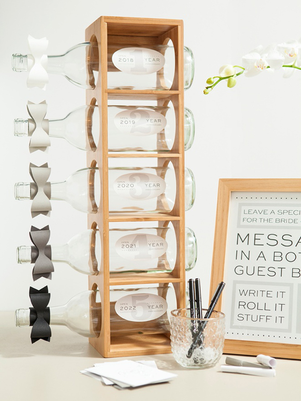 DIY-Message-In-A-Bottle-Guest-Book