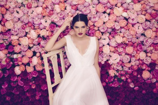 Daarlarna-Vestidos-de-novia-Colección-de-flores-Irlanda-weddingsonline