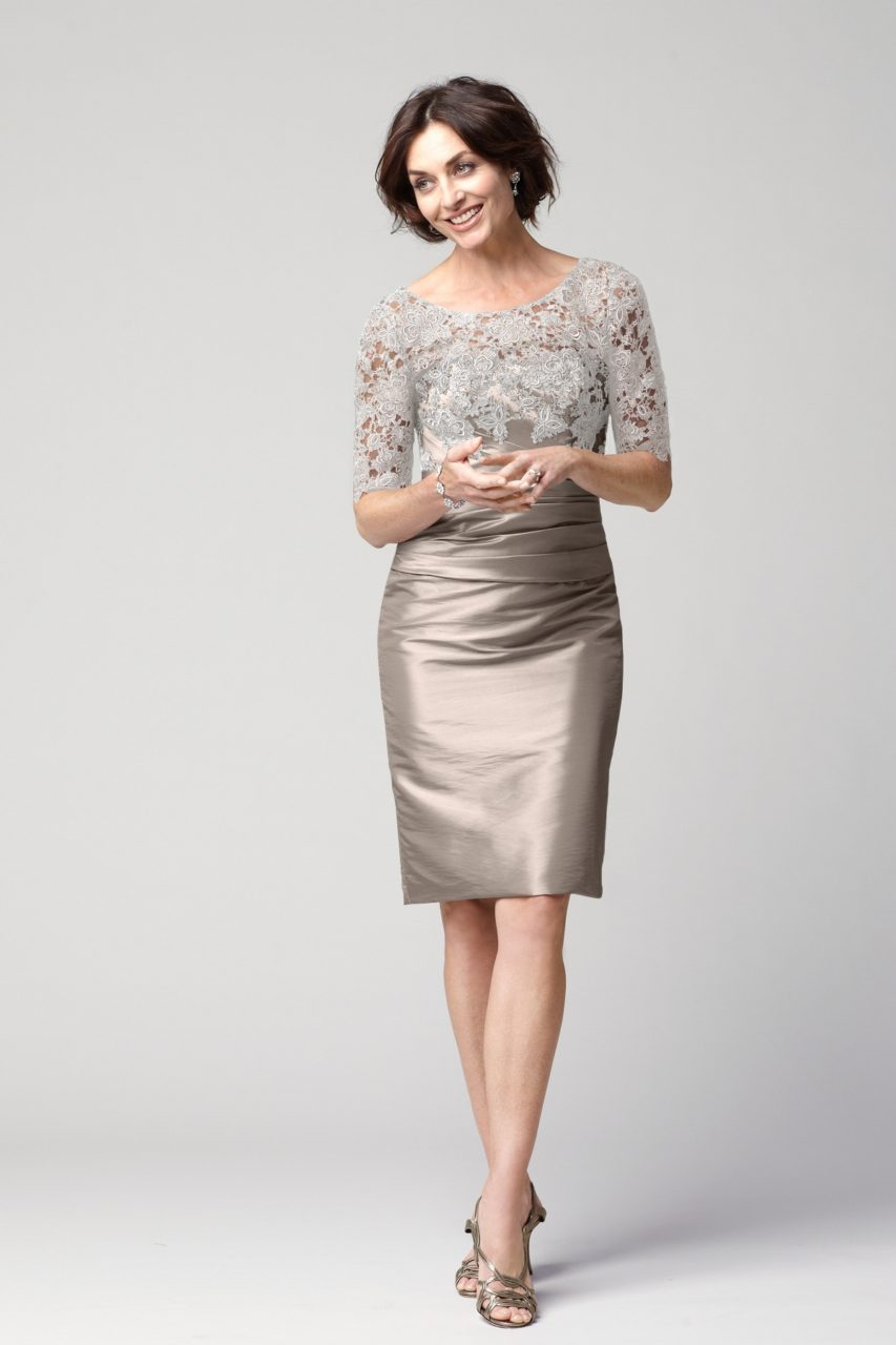 Elegant Lace Mother Of The Bride Pencil Dress