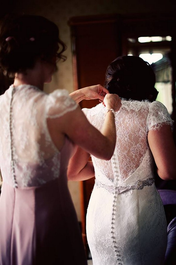 Lace-Back-Button-Irish-Wedding-Dress-Designer_Edel_Tuite