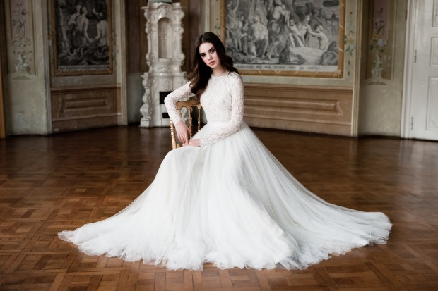 Modern Irish Wedding Dresses : Daalarna couture flowers collection hits irish soil weddings