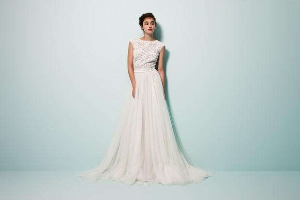 Vestido-de-novia-estilo-boho-moderno-diseñador-Irlanda-Daarlarna