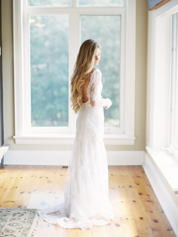 Real-Bride-Stella-York-Wedding-Dress-smp