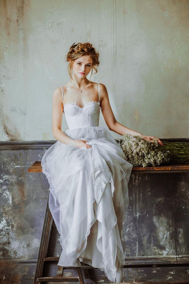 Spring-Wedding-Dresses-Blue-Tint-Milanmira