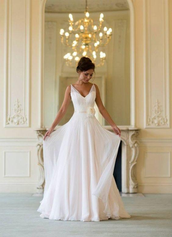 Spring-Wedding-Dresses-Naomi-Neoh-Tulle