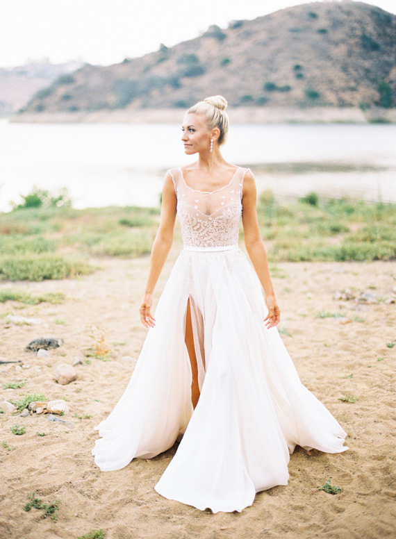 17 Stunning Spring Wedding Dresses For A Fine Art Bride