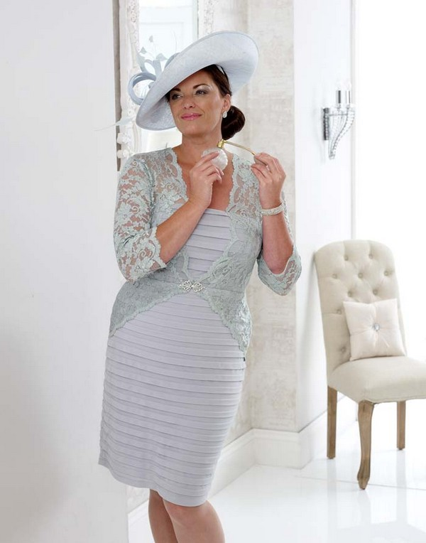 Stylish-Curvy-Mother-of-the-Bride-Summer-Dress-vanityfair-dressedup