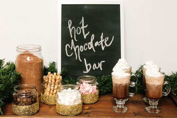 hot-chocolate-bar-winter-wedding