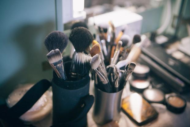 make-up-brushes-math-wedding