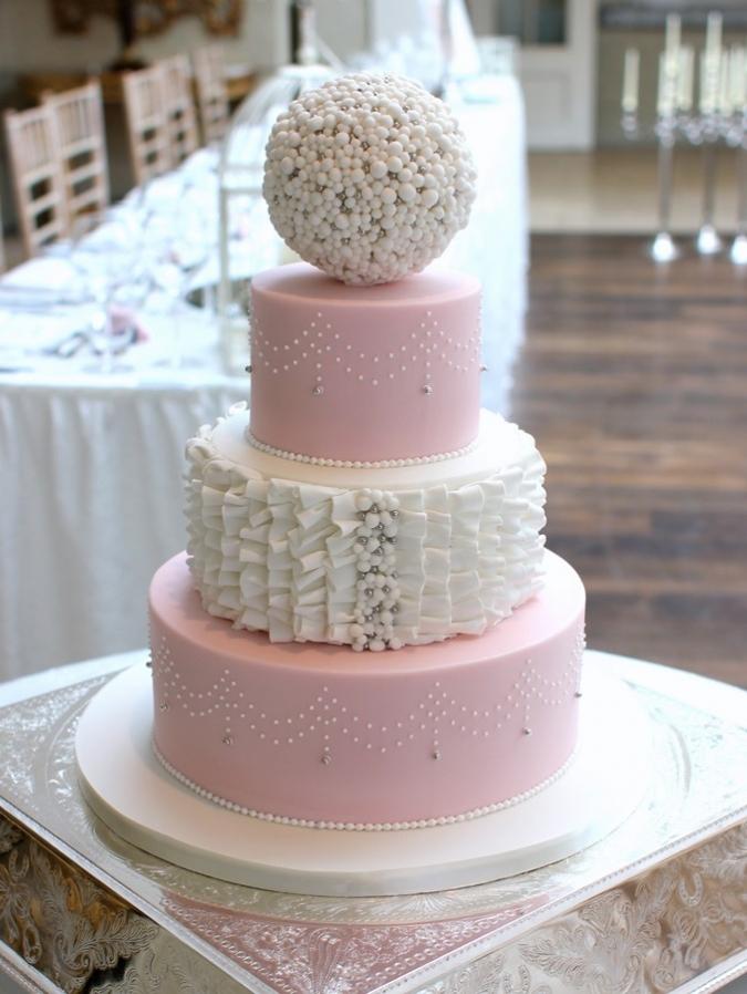 Circle Wedding Cakes