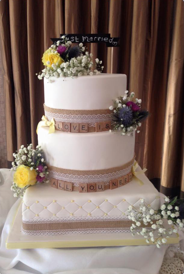 24 Fab Wedding Cakes for 2016 Couples | weddingsonline
