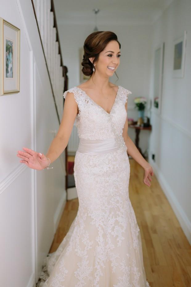 18-Real-Bride-first-look-bridesmaids