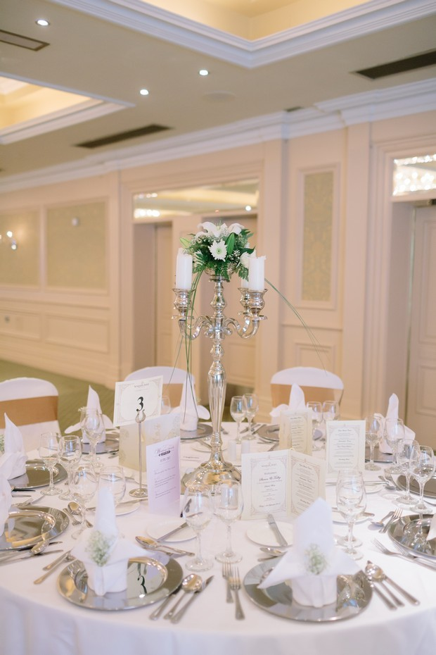27-Elegant-White-Newpark-Hotel-Wedding-Decor-Reception