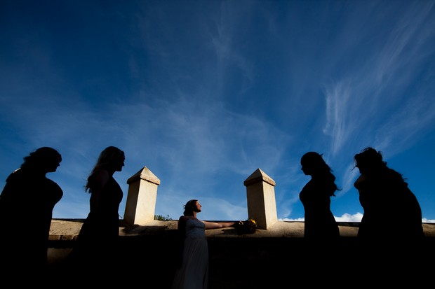 35-Alternative-Wedding-Photography-Silhouettes-Bride-Bridesmaids