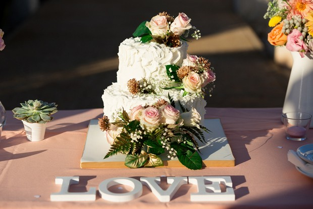 Fresh-Flowers-Wedding-Cake-Topper-Peach-Roses (1)