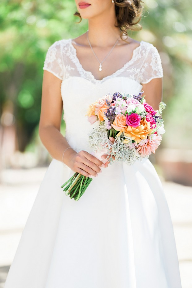 Real-Destination-Wedding-Portugal-Summer-Bride-Bouquet