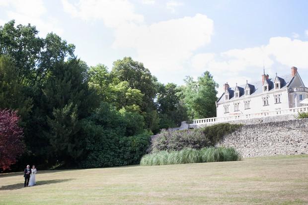 french-chateau-destination-wedding