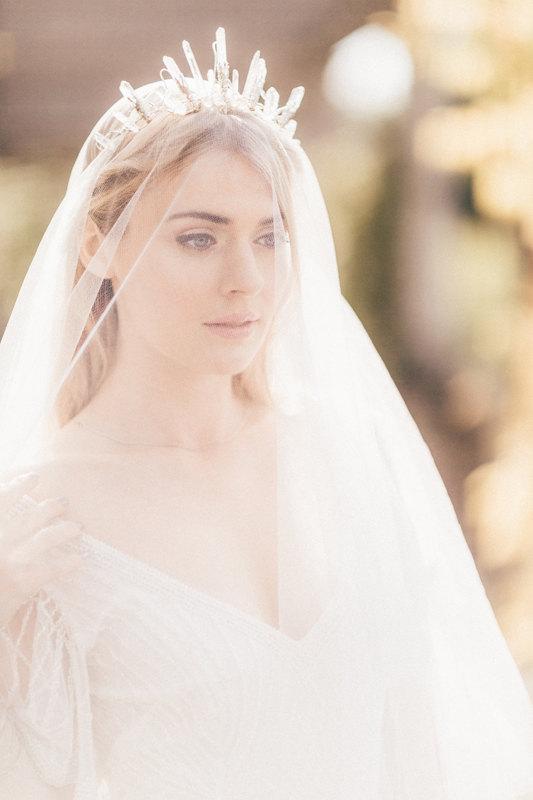 howling-moon-crystal-crown-alternative-bride