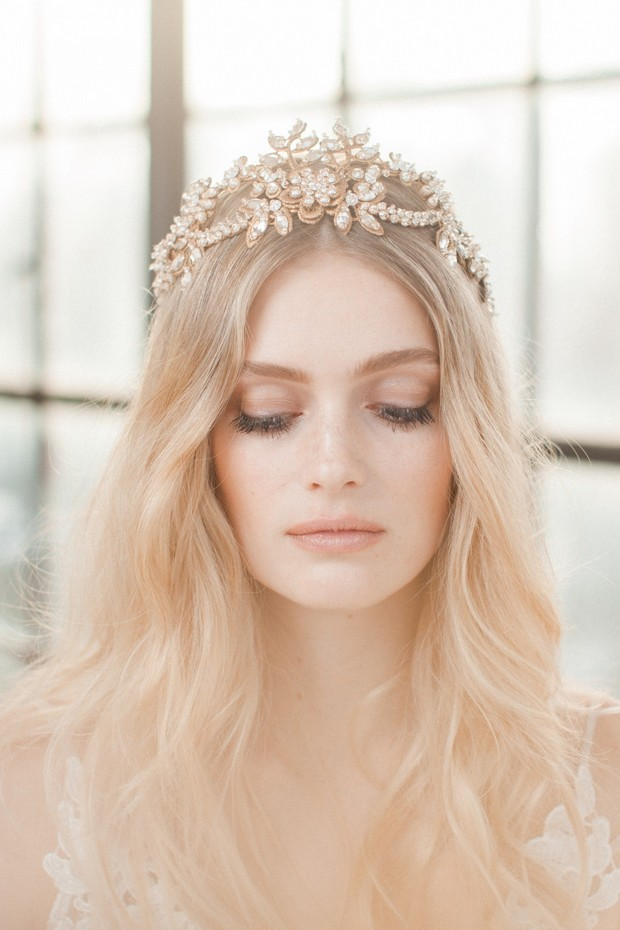 jannie-baltzer-crystal-thread-contemorary-bridal-crown