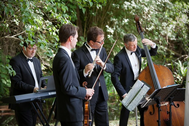 outdoor-wedding-ceremony-classical-musicans