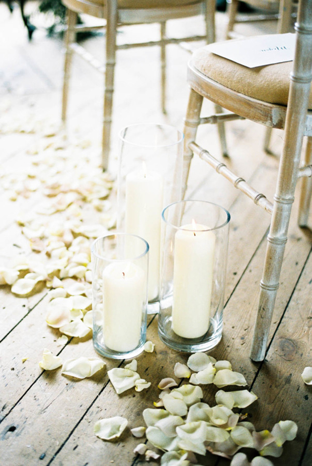 petals-and-hurricane-vases-pew-ends