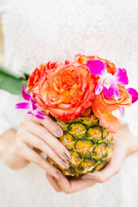 pink-tropical-wedding-theme-pineapple-vase