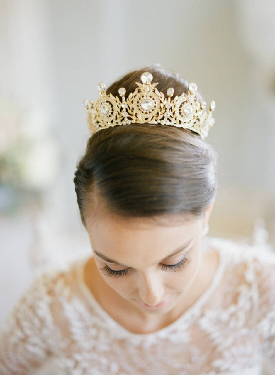 Solid Round Bridal Crown Gold Edenluxe Front