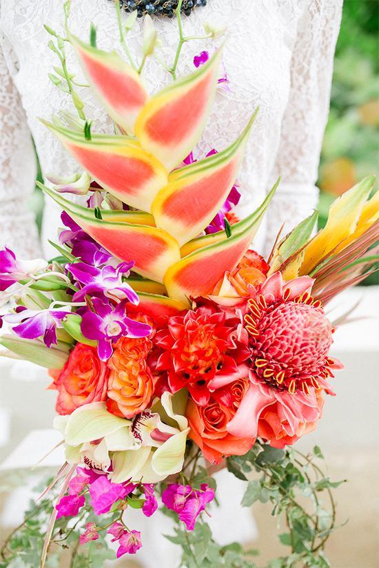 tropical-wedding-bouquet-flowers
