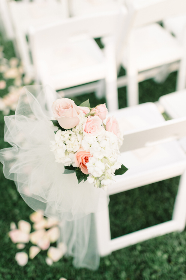 tulle-and-flower-pew-ends