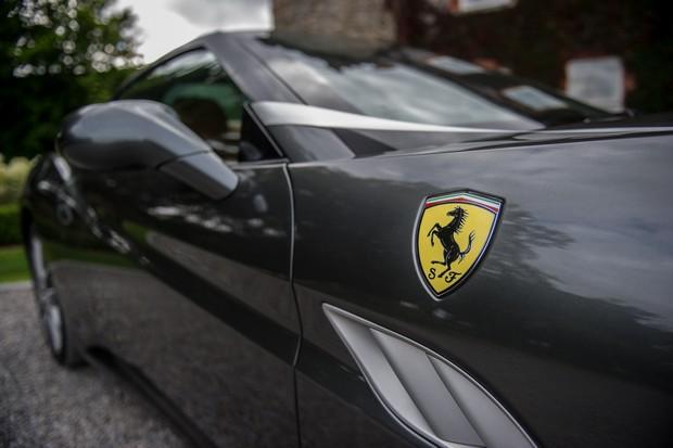 24-Ferrari-Wedding-Car-Convertible-Ireland