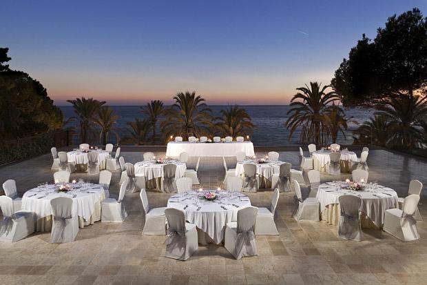 Gran-Melia-Don-Pepe-Spain-wedding-abroad