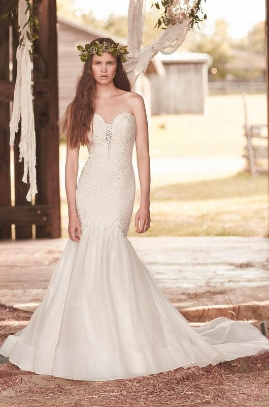 Mikaella-Wedding-Dress-Style-#2060