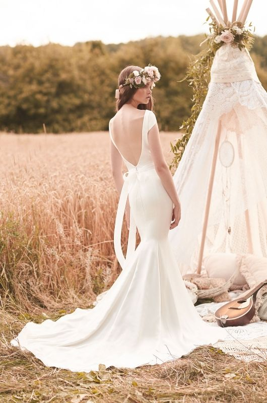 Elite brides was the first bridal shop I tried when looking for my wedding dress. I visited lots of other shops but ended up coming back to get my wedding dress with Lorraine/5(39).