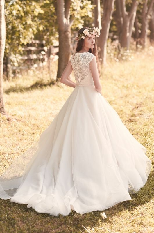 Mikaella-Wedding-Dress-Style-#2068-back